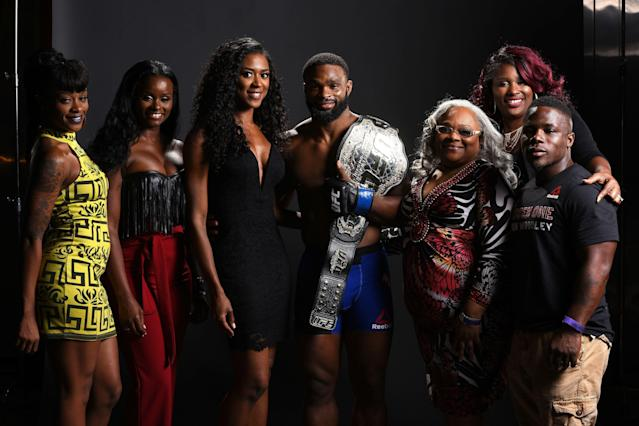 Tyron Woodley poses with his family during UFC 201 on July 30, 2016 at Philips Arena in Atlanta,. (Getty Images)