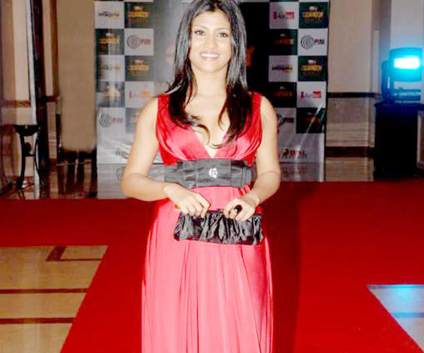 Konkona Sen Sharma (Traffic Signal): Konkana Sen Sharma played the role of Noorie, a sex worker on the streets of Mumbai.