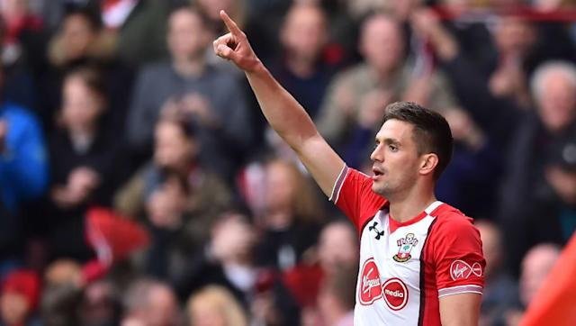 ​Leicester have identified ​Southampton midfielder Dusan Tadic as a possible replacement for Riyad Mahrez if the Algerian exits the King Power Stadium this summer. ​Ajax were supposedly interested in bringing the Serbian to Amsterdam but that move was supposed to be predicated on Southampton getting relegated, which no longer seems likely. Tadic has also been linked with AC Milan but a more realistic move, reported by ​Calcio Mercato, may see the 29-year-old go to Leicester in place of Mahrez,...