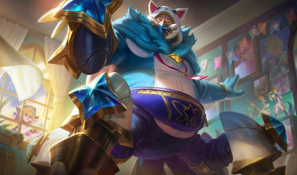 """""""A Star Guardian superfan of almost impossible proportions, Urgot worked really hard on this outfit for the fan meet, so please be respectful."""" <br><br>Credit: Riot Games"""