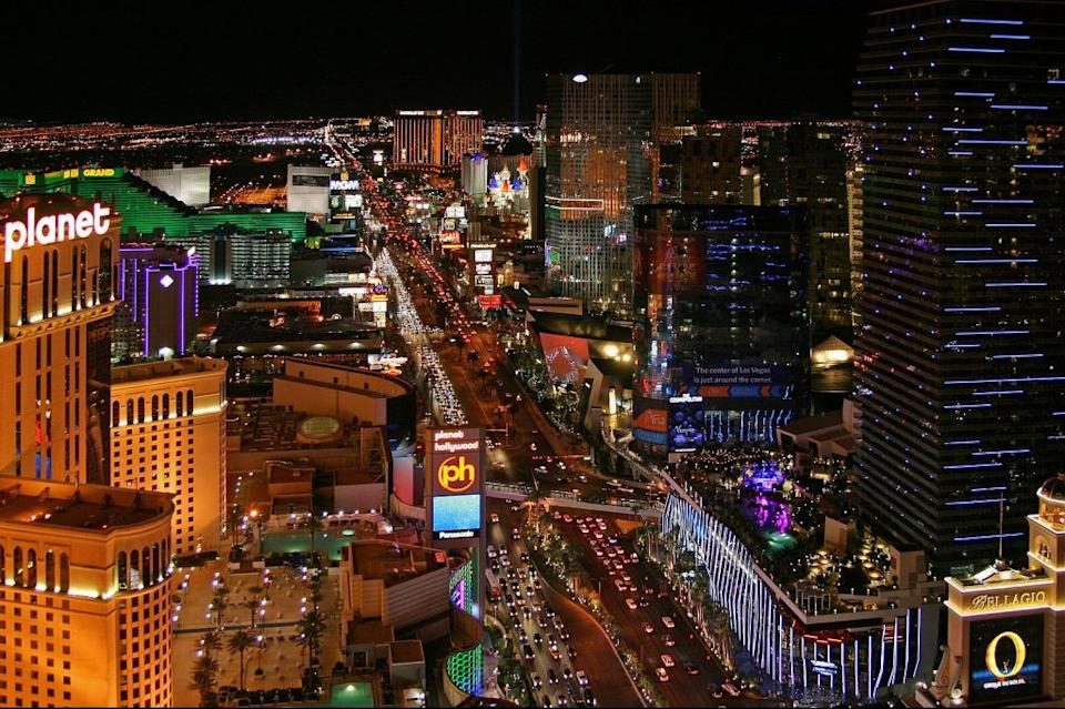 Giving Away the House? Las Vegas Resorts Reopen With Rock-Bottom Rates