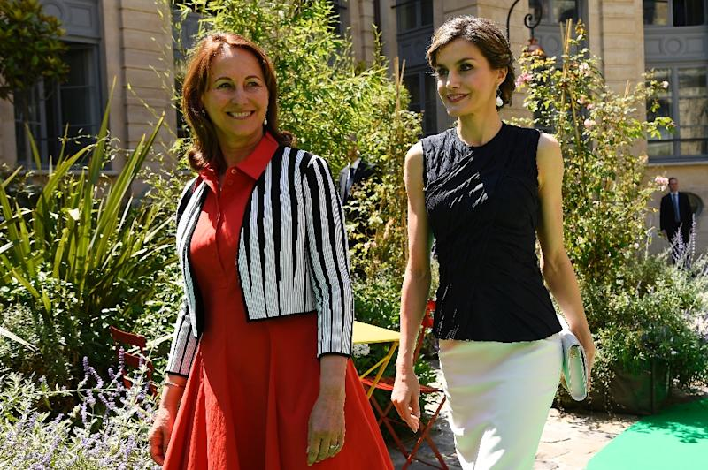 French Environment Minister Segolene Royal (L) and Spain's Queen Letizia walk during the opening of the 2nd Global Conference on Health and Climate on July 7, 2016 in Paris (AFP Photo/Bertrand Guay)