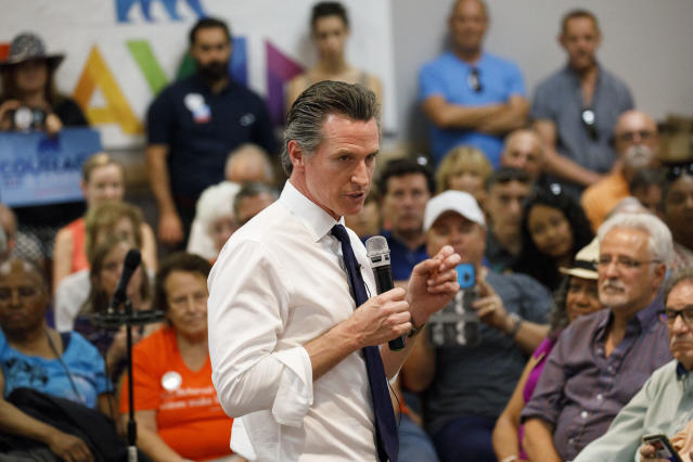 Gavin Newsom at an event sponsored by Equality California, in Palm Springs, Calif. (Photo: Patrick T. Fallon for Yahoo News)