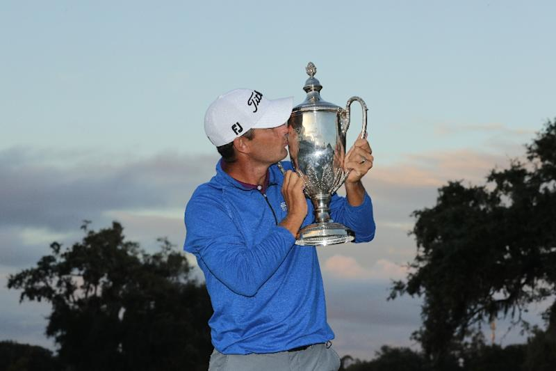 tearful howell snaps 11 year pga win drought at rsm classic