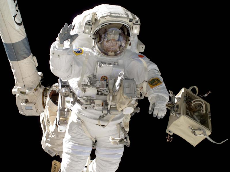 Scientists explore using astronaut poop to make space food