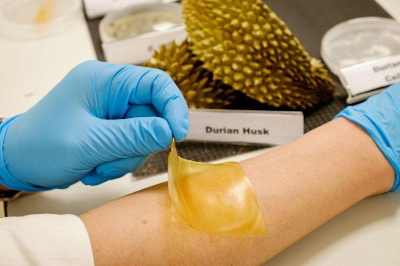 Picture of hydrogel bandage on skin