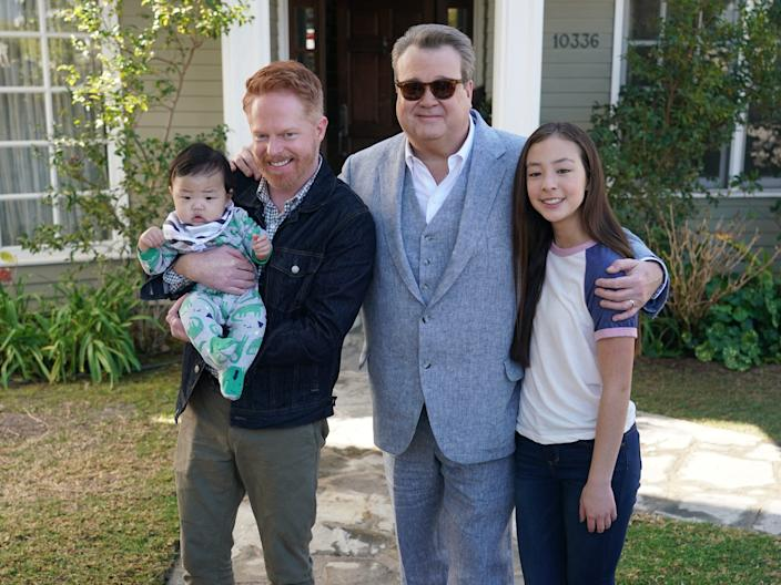 Pritchett family lilly, cam, mitchell, rexford  Modern Family