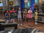 <p>Hosted by Valerie Bertinelli and pastry chef Duff Goldman, <em>Kids Baking Championship</em> gives America's young and passionate bakers the chance to compete for the champion title and $25,000.</p>