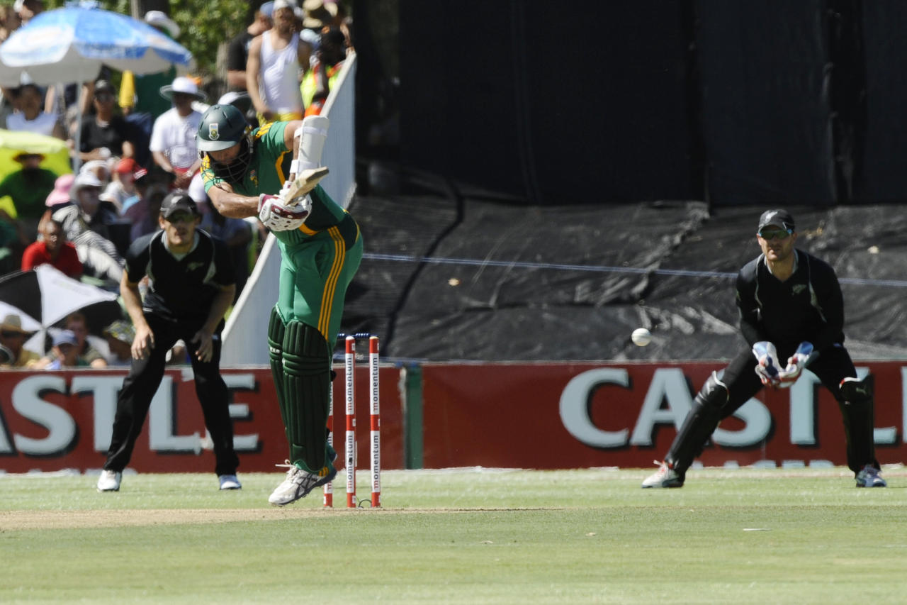 South Africa's Hashim Amla (C) plays a shot during the first One Day International (ODI) between South Africa and New Zealand on January 19, 2013 at Boland Park, in Paarl about 60Km North of Cape Town. 
