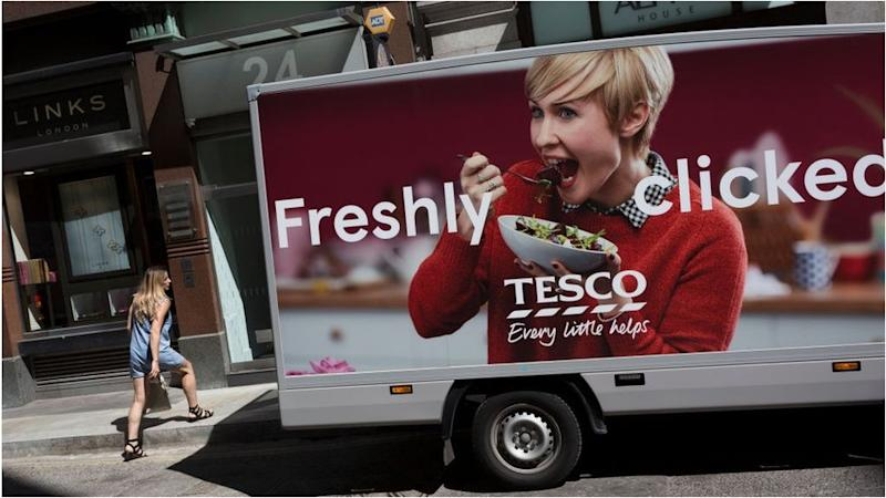 Tesco limits online customers amid Christmas rush