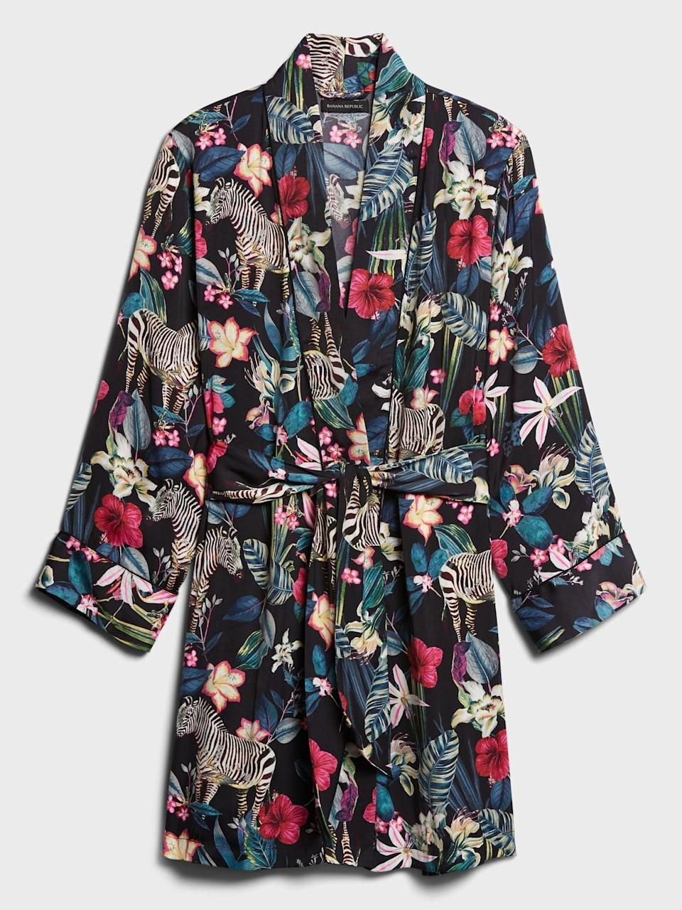 <p>We love the pattern of this <span>Banana Republic Satin Robe</span> ($78). Everyone needs a glam robe!</p>
