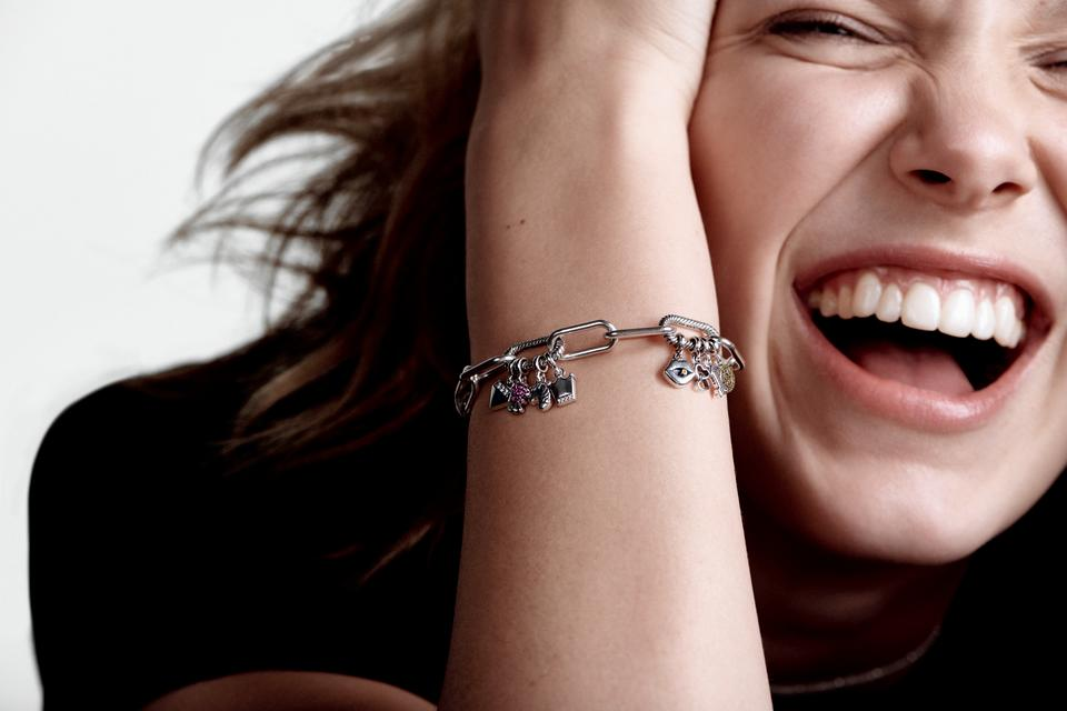 Millie Bobby Brown and the Pandora Me Collection (PHOTO: Pandora)