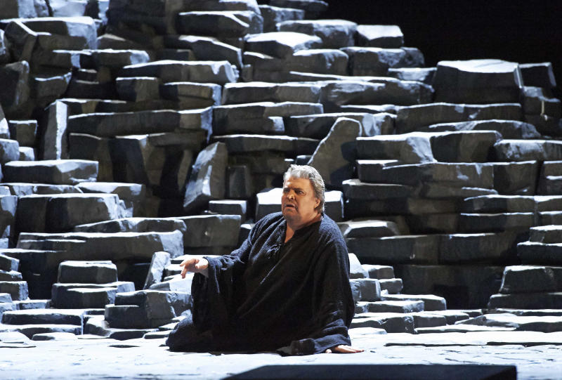"""In this picture provided by the Vienna State Opera Peter Seiffert in the role of Tristan performs during a dress rehearsal for Richard Wagner's opera """"Tristan and Isolde"""" at the state opera in Vienna, Austria, Monday, June 3, 2013. Premiere was on Thursday, June 13, 2013. (AP Photo/Wiener Staatsoper, Michael Poehn)"""