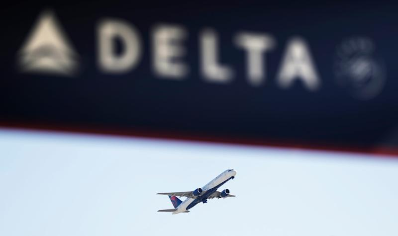 Delta pilot suspected of drinking, kicked off plane and arrested at Minneapolis airport