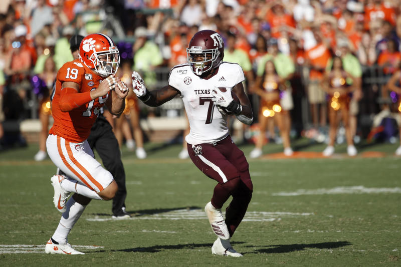 CLEMSON, SC - SEPTEMBER 07: Jashaun Corbin #7 of the Texas A&M Aggies runs with the ball against the Clemson Tigers during a game at Memorial Stadium on September 7, 2019 in Clemson, South Carolina. Clemson defeated Texas A&M 24-10. (Photo by Joe Robbins/Getty Images)