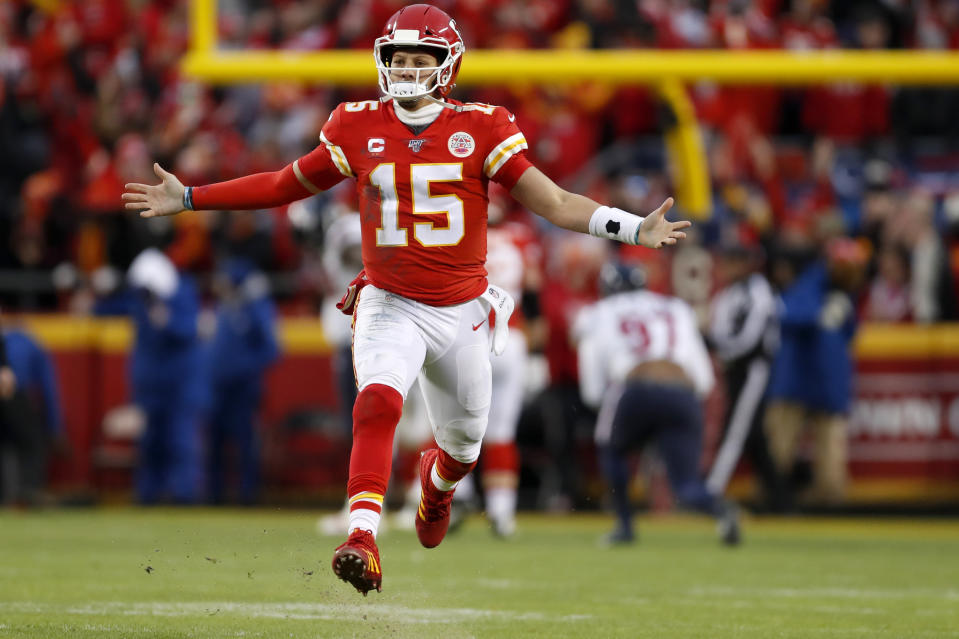 Kansas City Chiefs quarterback Patrick Mahomes celebrates during Sunday's win over the Houston Texans. (AP/Jeff Roberson)