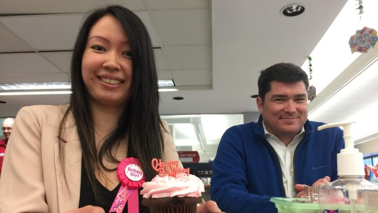 Vancouver woman holds her birthday party at Canadian Blood Services clinic