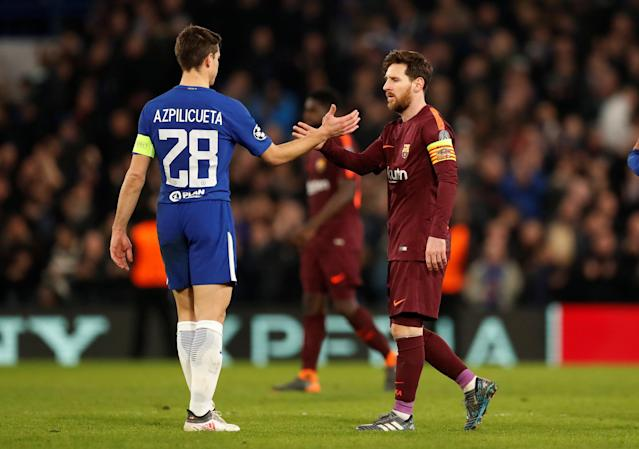 Soccer Football - Champions League Round of 16 First Leg - Chelsea vs FC Barcelona - Stamford Bridge, London, Britain - February 20, 2018 Chelsea's Cesar Azpilicueta and Barcelona's Lionel Messi shake hands after the match Action Images via Reuters/Andrew Boyers