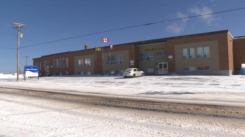 Pointe-Verte residents want to save elementary school, turn it into trade centre