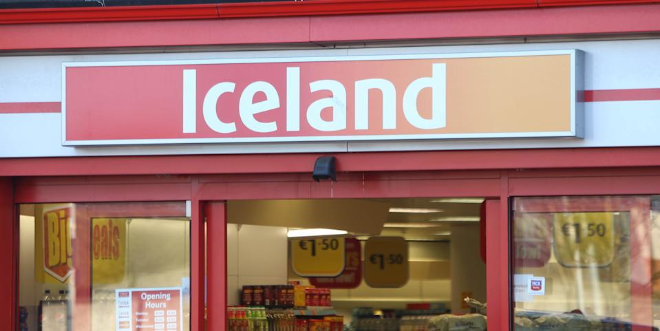 """A branch of Iceland in the Cabra area of Dublin. The boss of the frozen foods supermarket chain has apologised for comments he made about """"the Irish"""" in a current affairs programme on the horse meat scandal."""