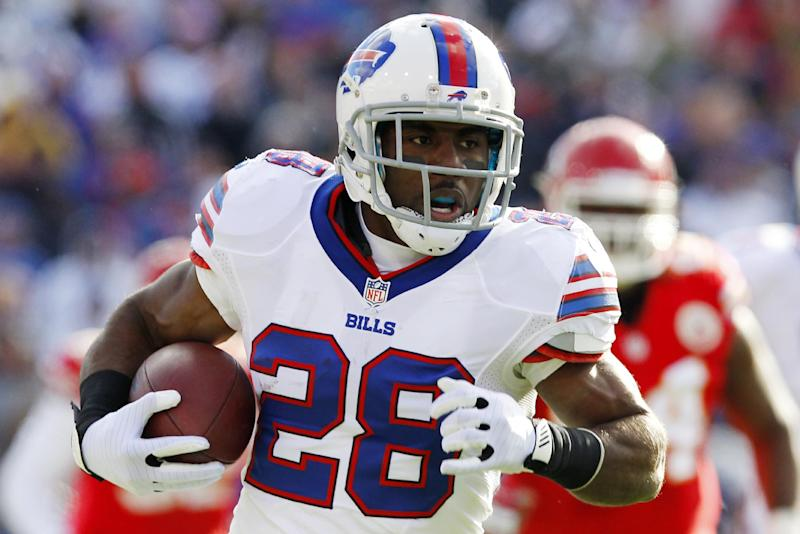 Buffalo Bills running back C.J. Spiller (28) rushes against the Kansas City Chiefs during the second quarter of an NFL football game in Orchard Park, N.Y., Sunday, Nov. 3, 2013. (AP Photo/ Bill Wippert)