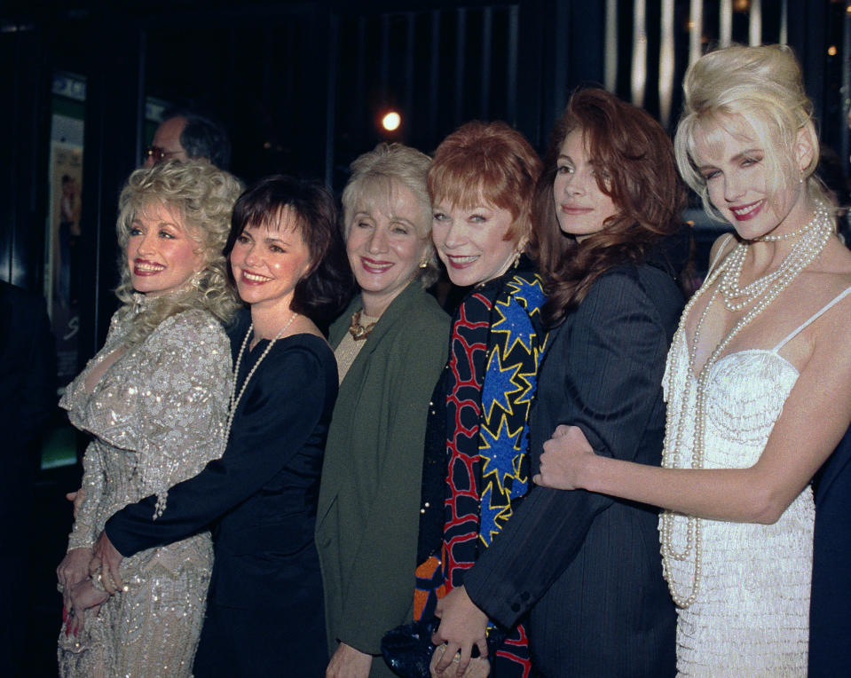 """FILE - In this Nov. 5, 1989 file photo, stars of the film Steel Magnolias from left: Dolly Parton, Sally Field, Olympia Dukakis, Shirley MacLaine, Julia Roberts and Daryl Hannah pose for a photo in New York. Olympia Dukakis, the veteran stage and screen actress whose flair for maternal roles helped her win an Oscar as Cher's mother in the romantic comedy """"Moonstruck,"""" has died. She was 89. (AP Photo/Ed Bailey, File)"""