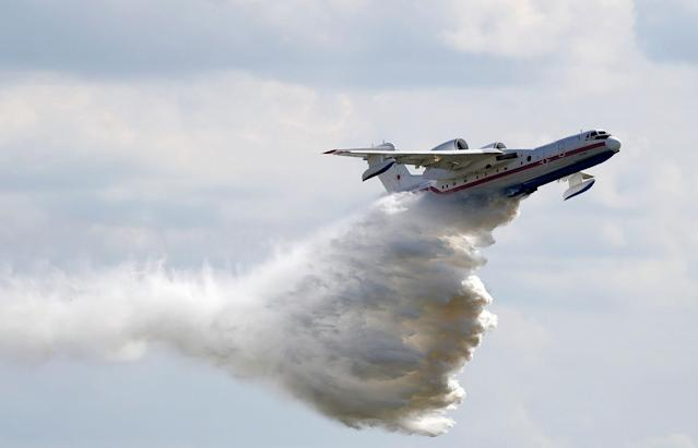 <p>A Beriev Be-200 Altair amphibious aircraft performs during a demonstration flight at the MAKS 2017 air show in Zhukovsky, outside Moscow, Russia, July 18, 2017. (Photo: Sergei Karpukhin/Reuters) </p>