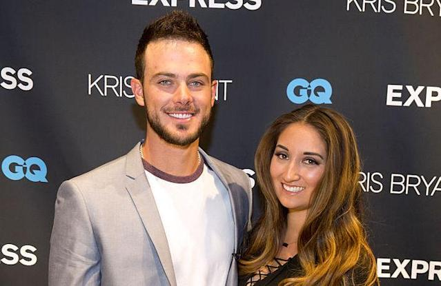 "<a class=""link rapid-noclick-resp"" href=""/mlb/players/9558/"" data-ylk=""slk:Kris Bryant"">Kris Bryant</a> and Jessica Delp. (Getty Images)"