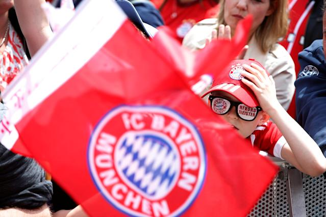 Soccer Football - Bayern Munich Trophy Presentation - Town Hall, Munich, Germany - May 20, 2018 Bayern Munich fans during the trophy presentation REUTERS/Michaela Rehle