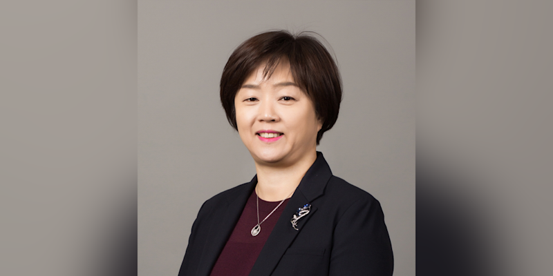 77) KiKyeong Lee, head, distribution network & PB segment, Standard Chartered Bank Korea. Photo: Standard Chartered Bank Korea