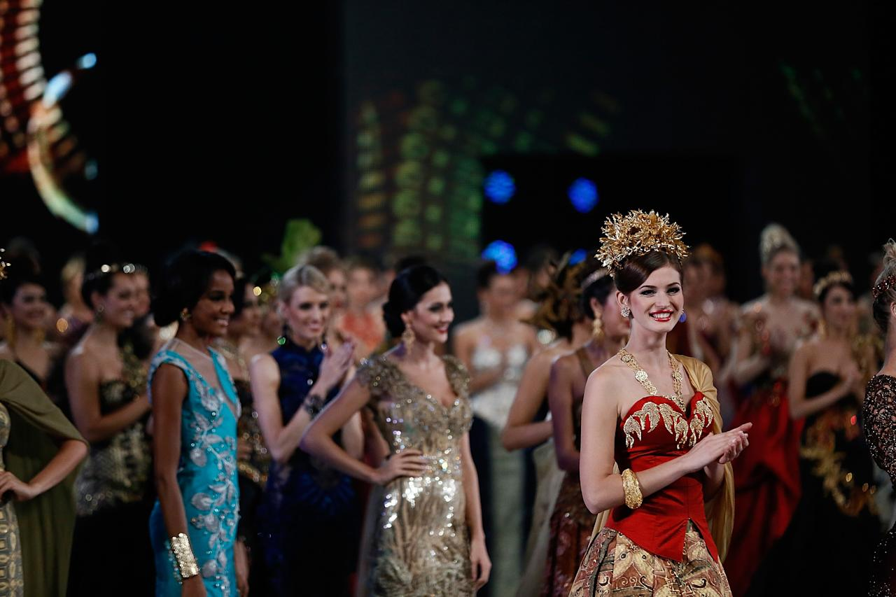NUSA DUA, BALI - SEPTEMBER 24:  Miss World 2013 Anna Zaiachkivska of Ukraine poses during top model show on September 24, 2013 in Nusa Dua, Indonesia. Indonesia's government has moved the final round of the Miss World pageant from Jakarta to the resort island of Bali due to the ongoing Muslim protests (Photo by Putu Sayoga/Getty Images)