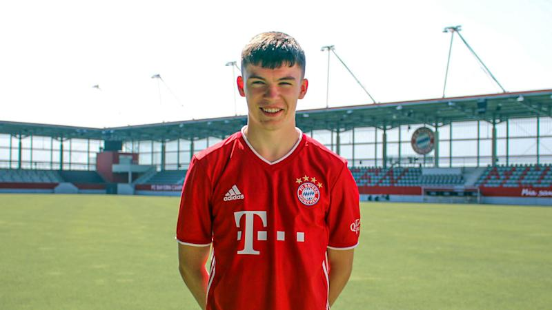 Bayern sign 16-year-old Hepburn from Celtic
