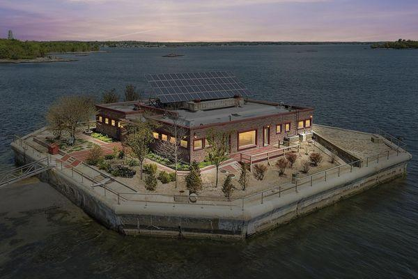 1 Columbia Island, New Rochelle NY. Source: William Pitt Sothebys International Realty