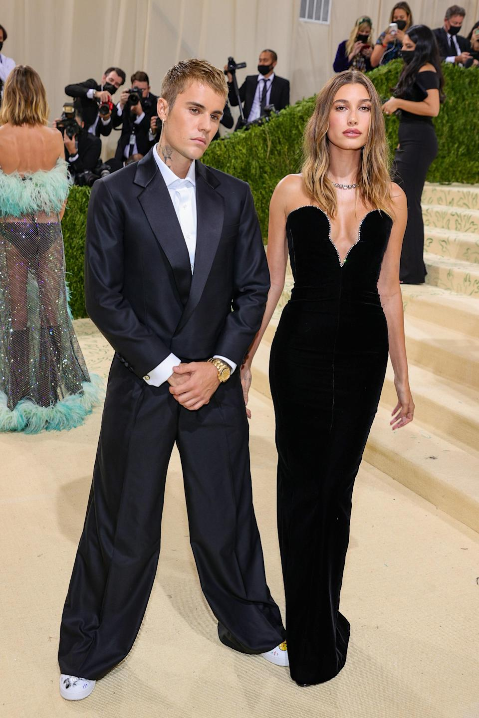 """<h1 class=""""title"""">Justin Bieber and Hailey Bieber, The 2021 Met Gala Celebrating In America: A Lexicon Of Fashion - Arrivals</h1><cite class=""""credit"""">Getty</cite>"""