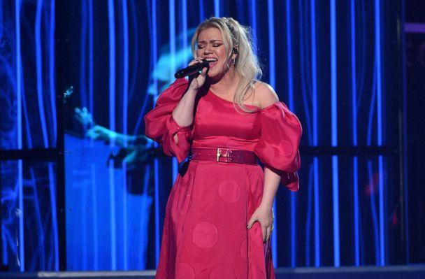 PHOTO: Kelly Clarkson performs 'Broken & Beautiful' at the Billboard Music Awards on Wednesday, May 1, 2019, at the MGM Grand Garden Arena in Las Vegas. (Chris Pizzello/Invision via AP, FILE)
