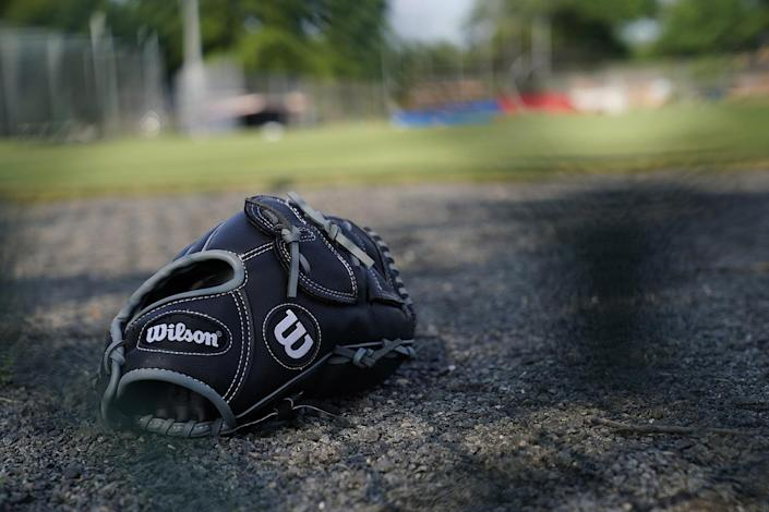 <p>Baseball equipment is seen scattered on the field where a shooting took place at the practice of the Republican congressional baseball teamin Alexandria, Va, June 14, 2017. (Photo: Shawn Thew/EPA) </p>