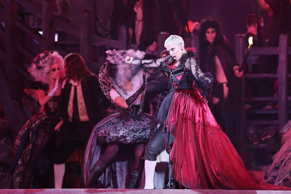 Musician Annie Lennox performs during the Closing Ceremony on Day 16 of the London 2012 Olympic Games at Olympic Stadium on August 12, 2012 in London, England. (Photo by Hannah Johnston/Getty Images)