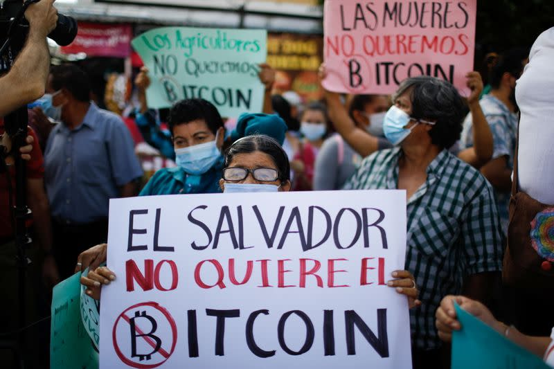 Protest against the use of Bitcoin as legal tender, in San Salvador