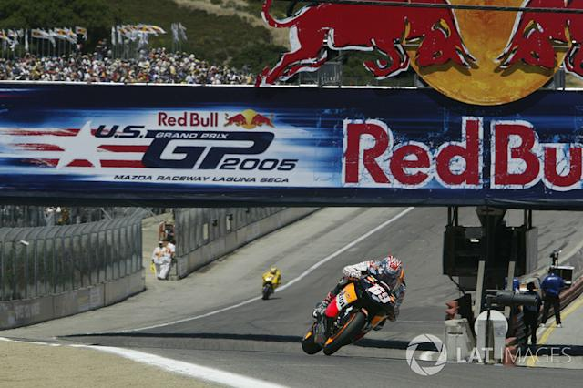 """Nicky Hayden (3) <span class=""""copyright"""">Gold and Goose / Motorsport Images</span>"""
