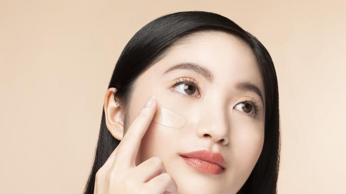Airy Poreless Fluid Foundation (dok: Dear Me Beauty)