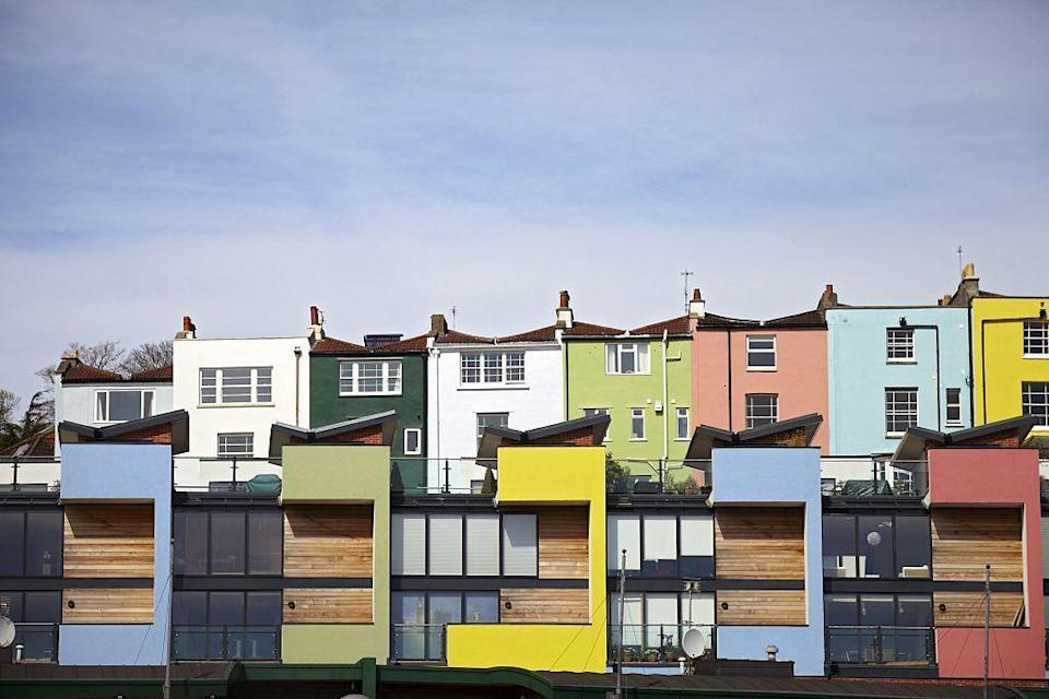 <p> Stacked shades in England teach a valuable lesson in color play.</p>