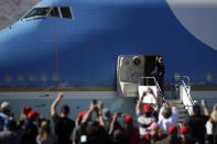 BULLHEAD CITY, ARIZONA - OCTOBER 28: U.S. President Donald Trump boards Air Force One following a campaign rally on October 28, 2020 in Bullhead City, Arizona. With less than a week until Election Day, Trump and Democratic presidential nominee Joe Biden are campaigning across the country. (Photo by Isaac Brekken/Getty Images)