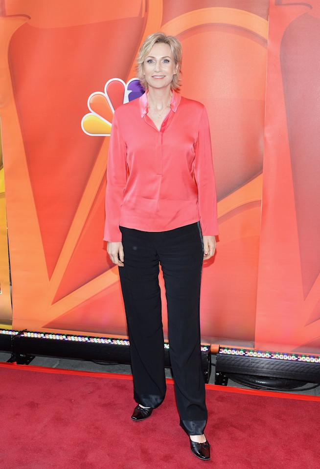NEW YORK, NY - MAY 13:  Actress Jane Lynch attends 2013 NBC Upfront Presentation Red Carpet Event at Radio City Music Hall on May 13, 2013 in New York City.  (Photo by Slaven Vlasic/Getty Images)