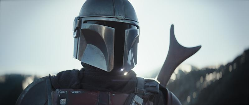Pedro Pascal is The Mandalorian in the Disney+ series THE MANDALORIAN.