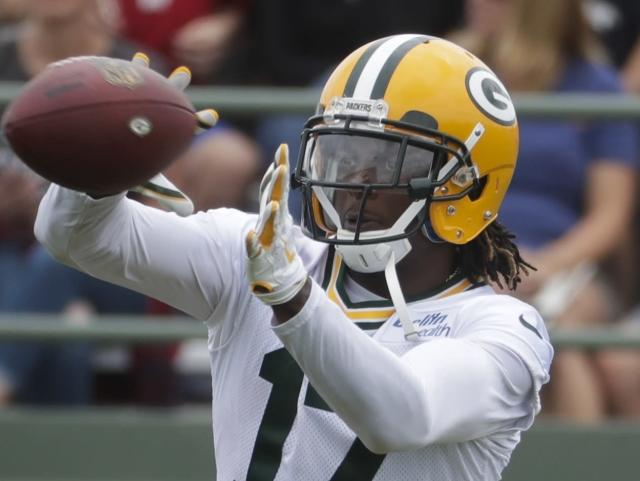 "<a class=""link rapid-noclick-resp"" href=""/nfl/players/27581/"" data-ylk=""slk:Davante Adams"">Davante Adams</a>, bankable WR1 in fantasy. (AP Photo/Morry Gash)"