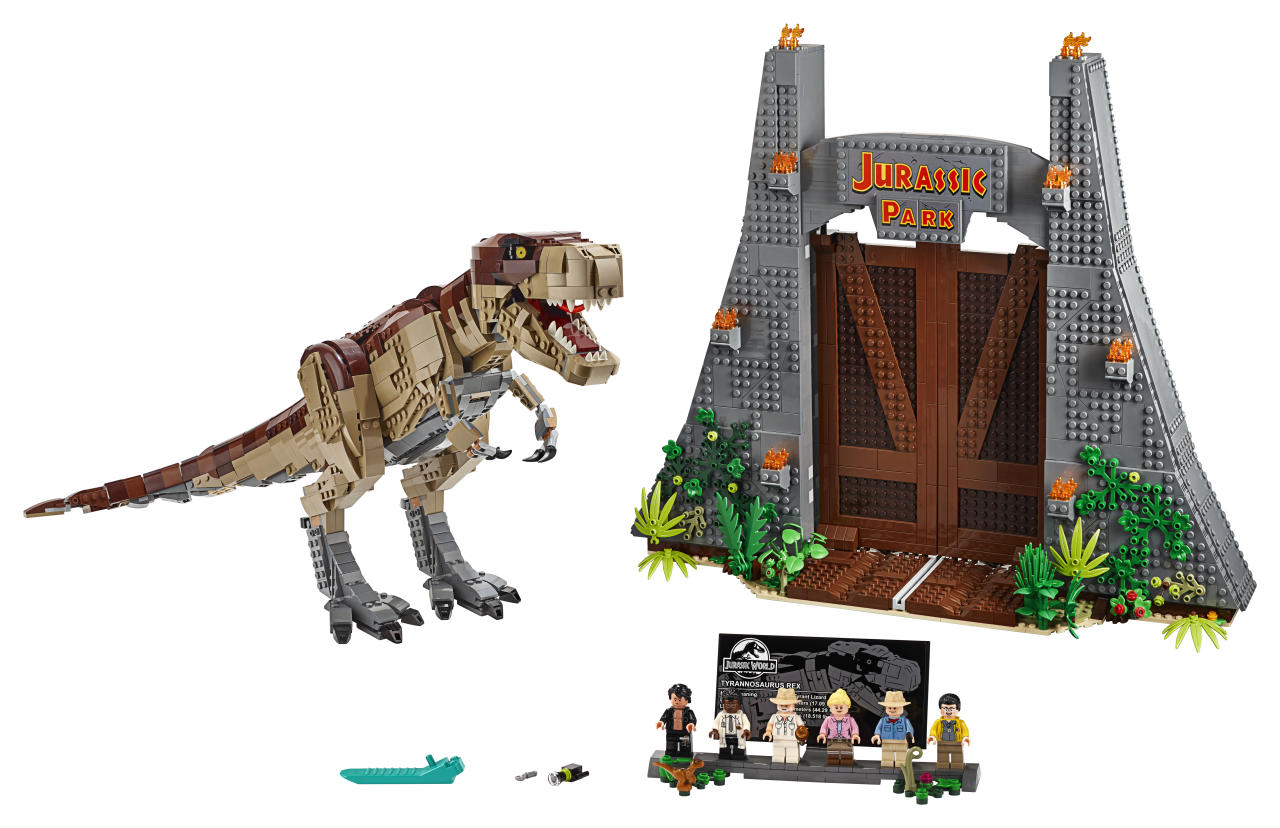 Inspired by the blockbuster Jurassic World franchise, this brand-new set features the original Jurassic Park gate and a large, fully posable, brick-built T. rex.