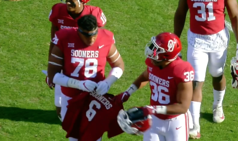 new style 1bad4 2fef1 Oklahoma captains take Baker Mayfield's jersey with them to ...