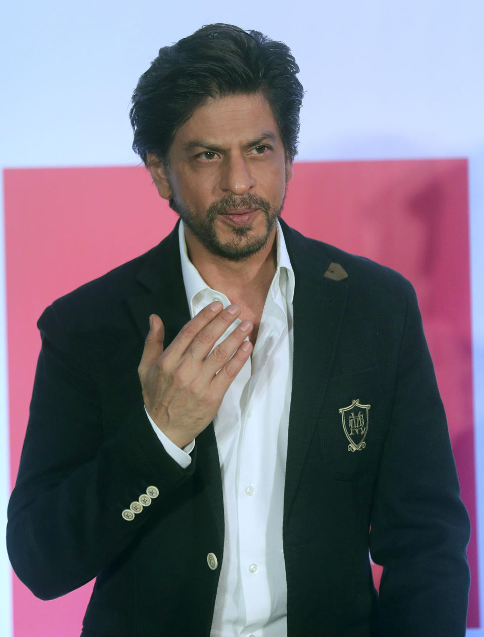 We will have bigger, better party next year: Shah Rukh Khan on turning 55