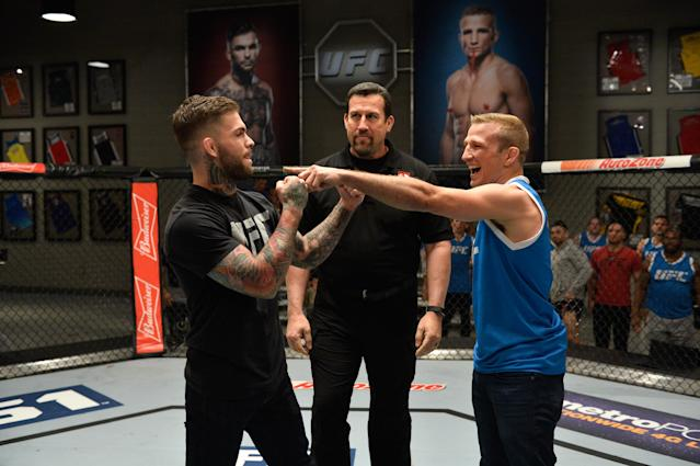 Cody Garbrandt (L) and T.J. Dillashaw do not like each other. (Getty)