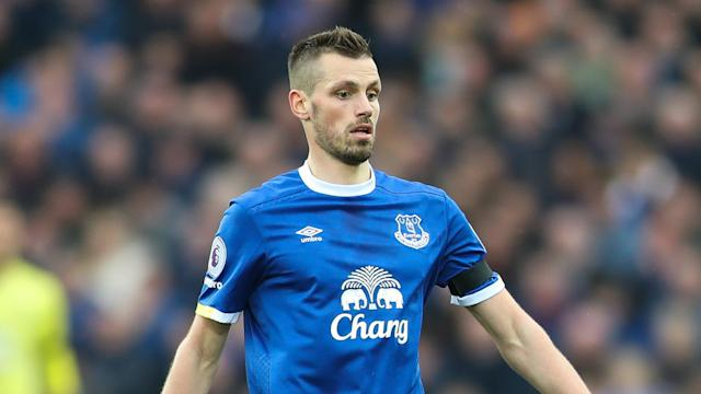 Everton will be out for revenge for their 5-0 thrashing at Stamford Bridge when they face Chelsea, Morgan Schneiderlin has warned.